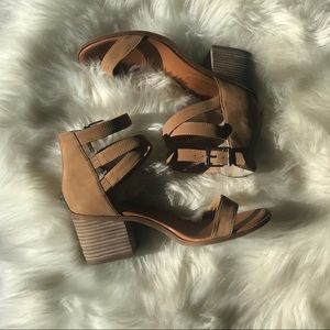 Jessica Simpson size 10 block heel sandal